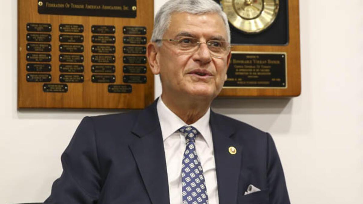Dışişleri Komisyonu Başkanı Bozkır, Bulgaristan ve Arnavutluk büyükelçileriyle bir araya geldi