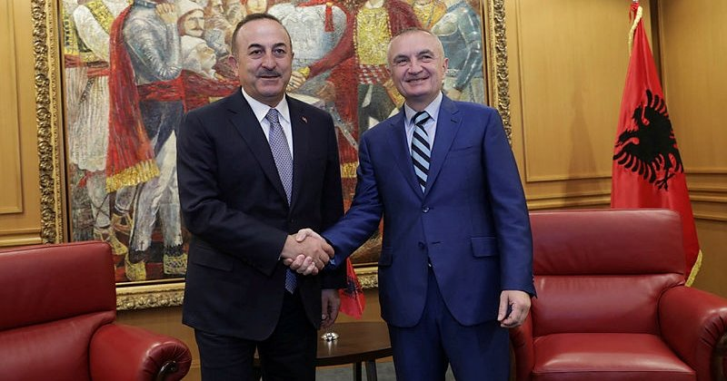 Bakan Çavuşoğlu, Arnavutluk Cumhurbaşkanı Meta tarafından kabul edildi