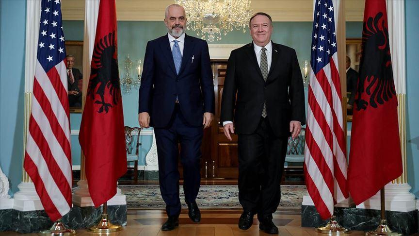 Pompeo, Arnavutluk'un AB'ye tam üyeliğine verdikleri desteği yineledi