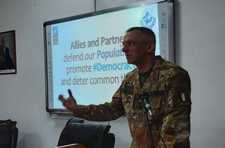 """""""Kosova, NATO konusunda doğru yolda"""""""