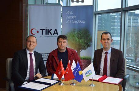 """""""Kosova Süt Üreticilerinin Desteklenmesi"""" Projesi başlatıldı"""