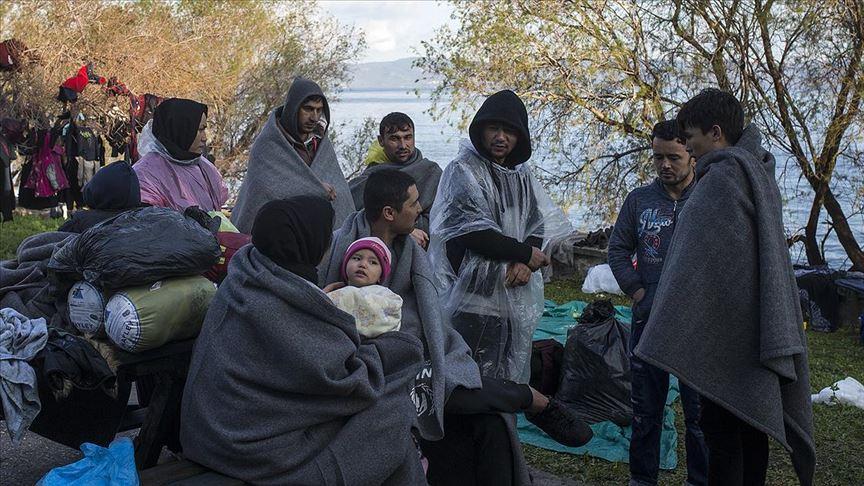 Yunan Sahil Güvenlik sığınmacı botlarına ateş etti, batırmaya çalıştı