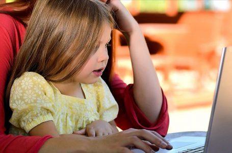 Çocukların 'dijital ayak izlerini' takip edin önerisi