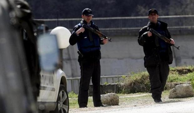 Arnavutluk'ta hafta sonu sokağa çıkma yasağı uygulanacak