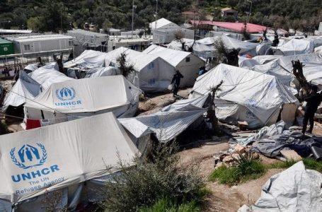 Yunanistan'daki sığınmacı kamplarında karantina süresi uzatıldı