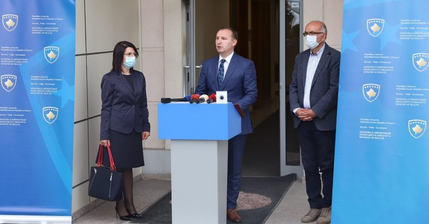 Kosova'da önlemler kademeli şekilde hafifletilecek
