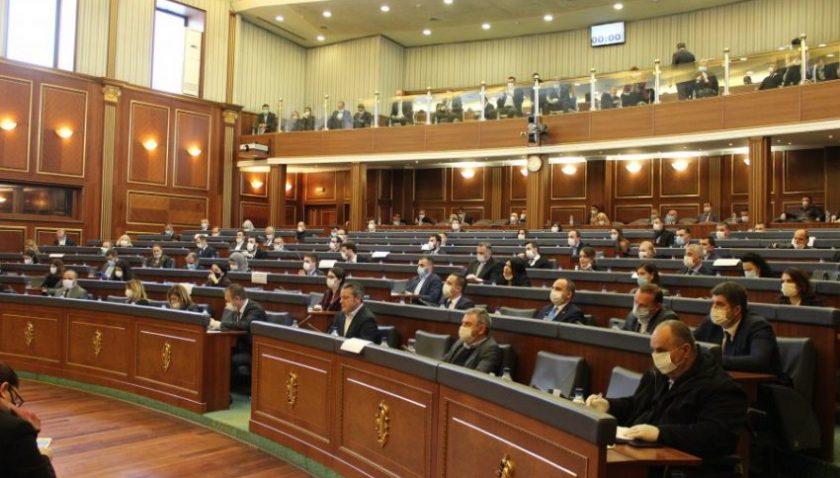 Kosova'da Hoti hükümeti yarın saat 11:00'da oylamaya sunulacak