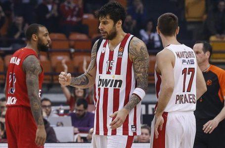 Georgios Printezis bir yıl daha Olympiakos'da