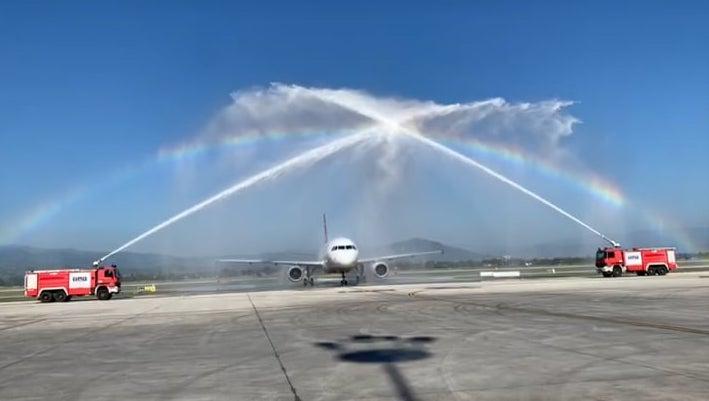 Üsküp ve Ohri havalimanları 4 ay aranın ardından yolcularıyla buluştu