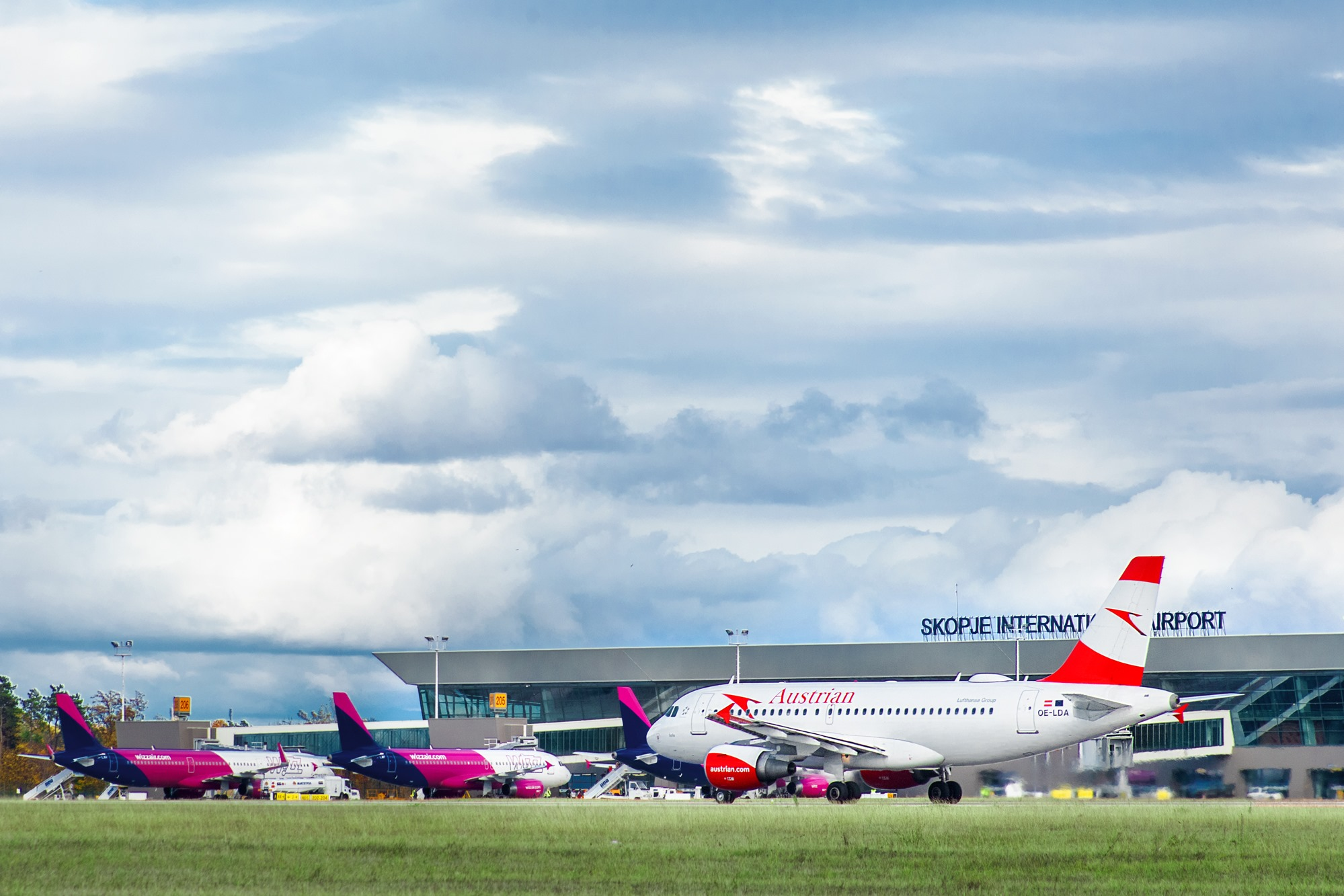 Üsküp'ten Zagreb, Viena ve Belgrad uçuşları başladı