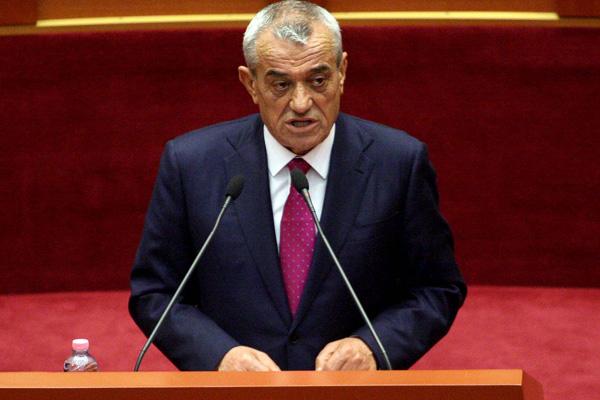 Arnavutluk Meclis Başkanı Ruçi'den TBMM Başkanı Şentop'a tebrik