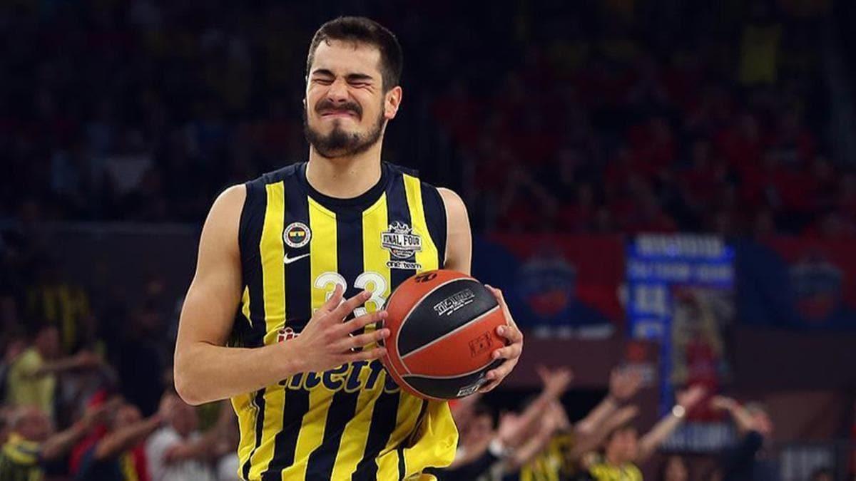 Sırp basketbolcu Kalinic, Valencia'ya transfer oldu