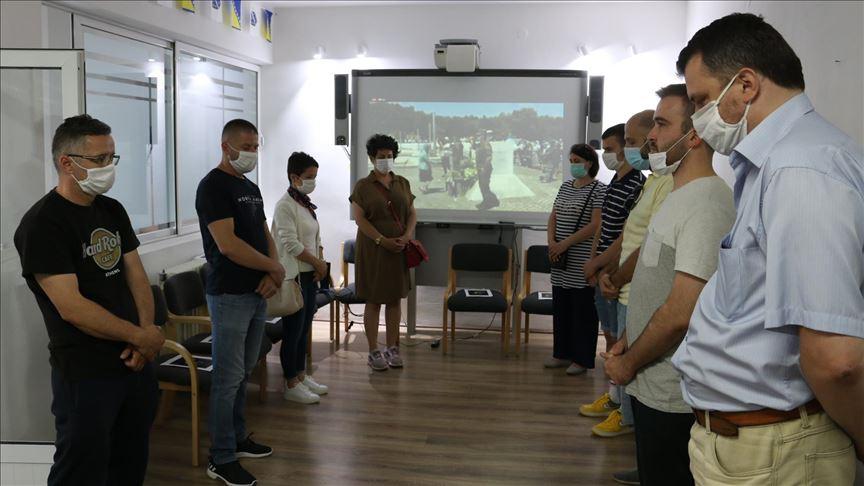 Srebrenitsa Soykırımı kurbanları Kosova'da törenle anıldı
