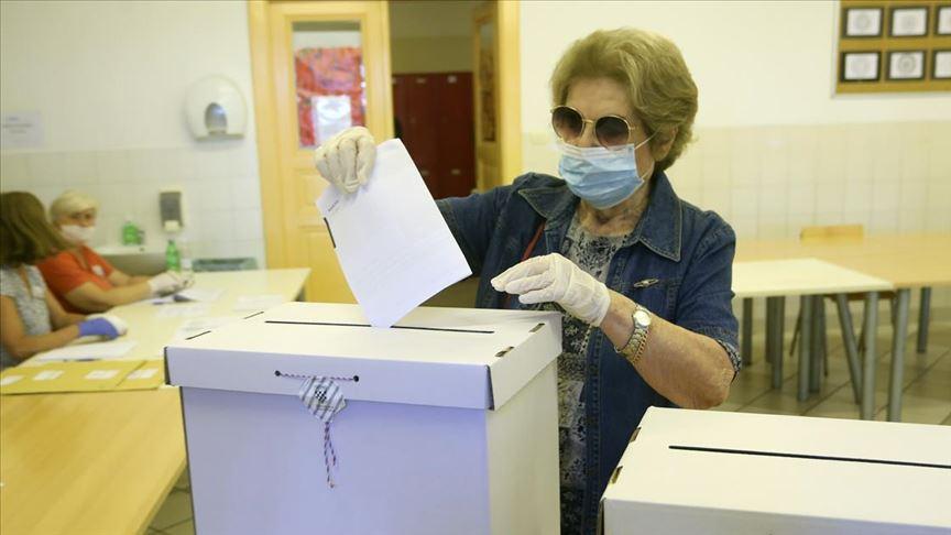 Hırvatistan'da genel seçim için oy kullanma işlemi başladı
