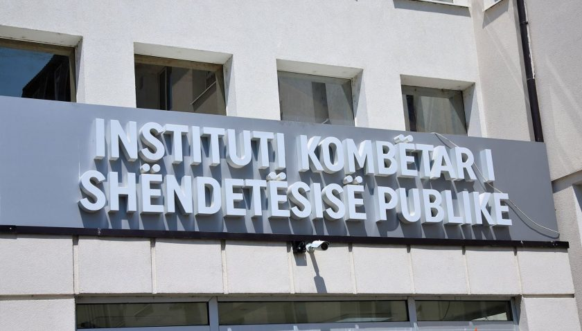 Kosova'da aktif vaka sayısı 3 bin 352
