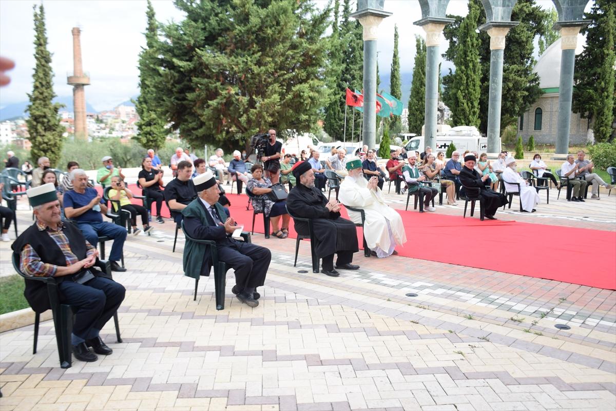 Arnavutluk'ta muharrem ayı dolayısıyla aşure ikramı