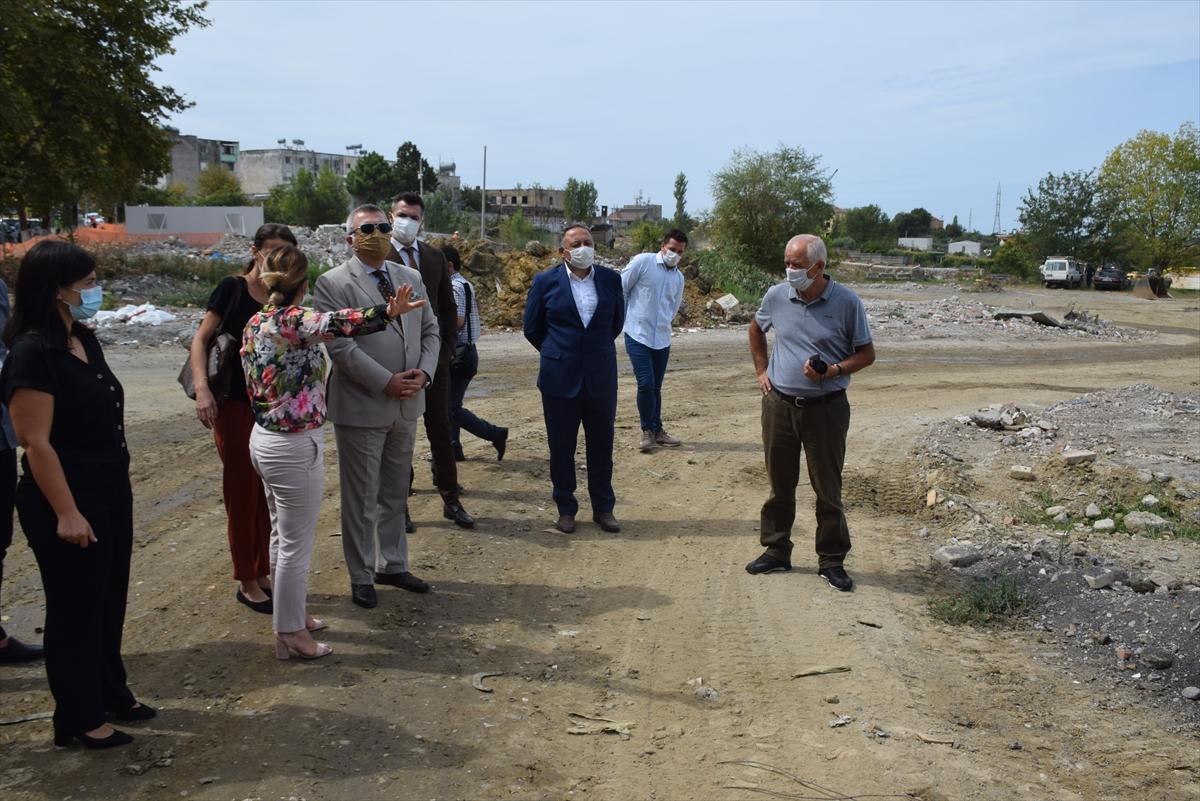Türkiye'nin Arnavutluk'ta inşa edeceği konutların çalışmaları devam ediyor