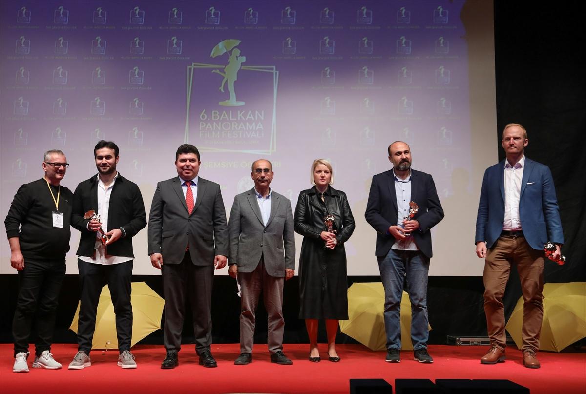 """6. Balkan Panorama Film Festivali """"Sarı Şemsiye Ödülleri"""" ile son buldu-"""