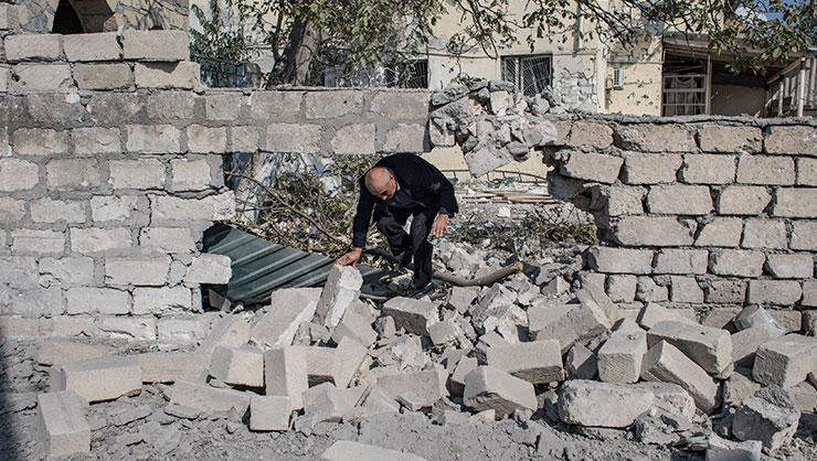 Ermenistan ordusu Azerbaycan'ın Gence ve Mingeçevir kentlerine füze saldırısı düzenledi