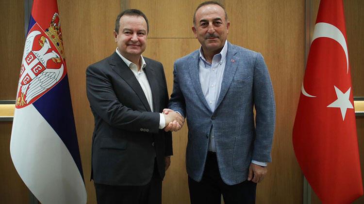 Türkiye Dışişleri Bakanı Çavuşoğlu, Sırbistan'ın yeni Meclis Başkanı Dacic ile telefonda görüştü