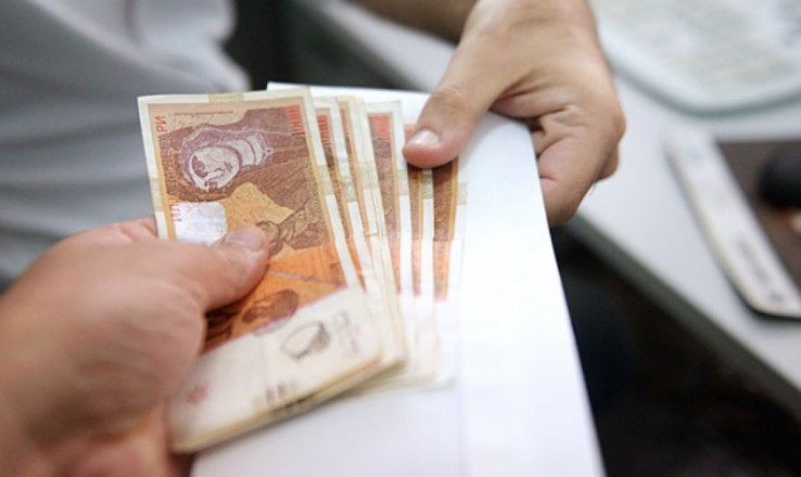 6 bin dinarlık maddi destek Meclis'ten geçti