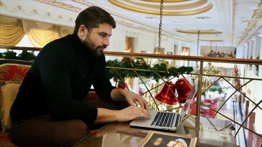 'Dünya şampiyonu' Sırp su topçu Nikola Radjen tercihi 'Buz tutan gölde futbol' oldu