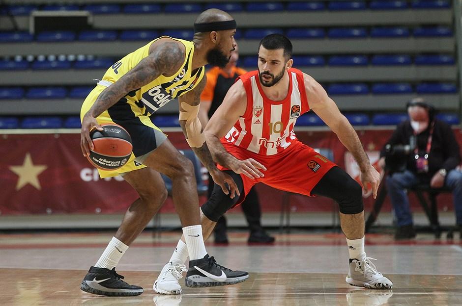Fenerbahçe Beko, Sırbistan'dan galibiyetle döndü