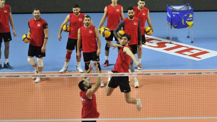 Türk Milli Erkek Voleybol Takımı, Üsküp'te oynanacak şampiyona için hazırlıklarını tamamladı