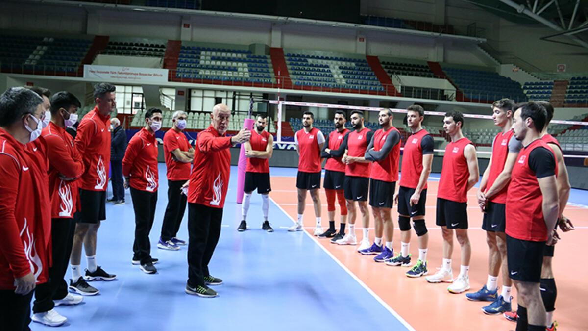 Türkiye Erkek Voleybol Takımı, K.Makedonya'daki maçların hazırlıklarını sürdürdü