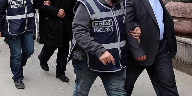 Yunanistan'a kaçmaya çalışan 2 terör örgütü PKK şüphelisi sınırda yakalandı