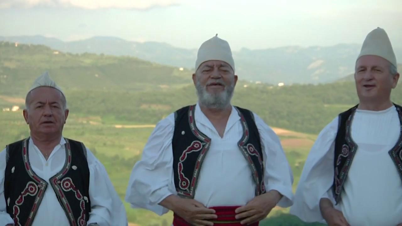 Arnavutluk'taki Çok Sesli Müzik Grubu, Cumhurbaşkanı Erdoğan İçin Şarkı Yaptı