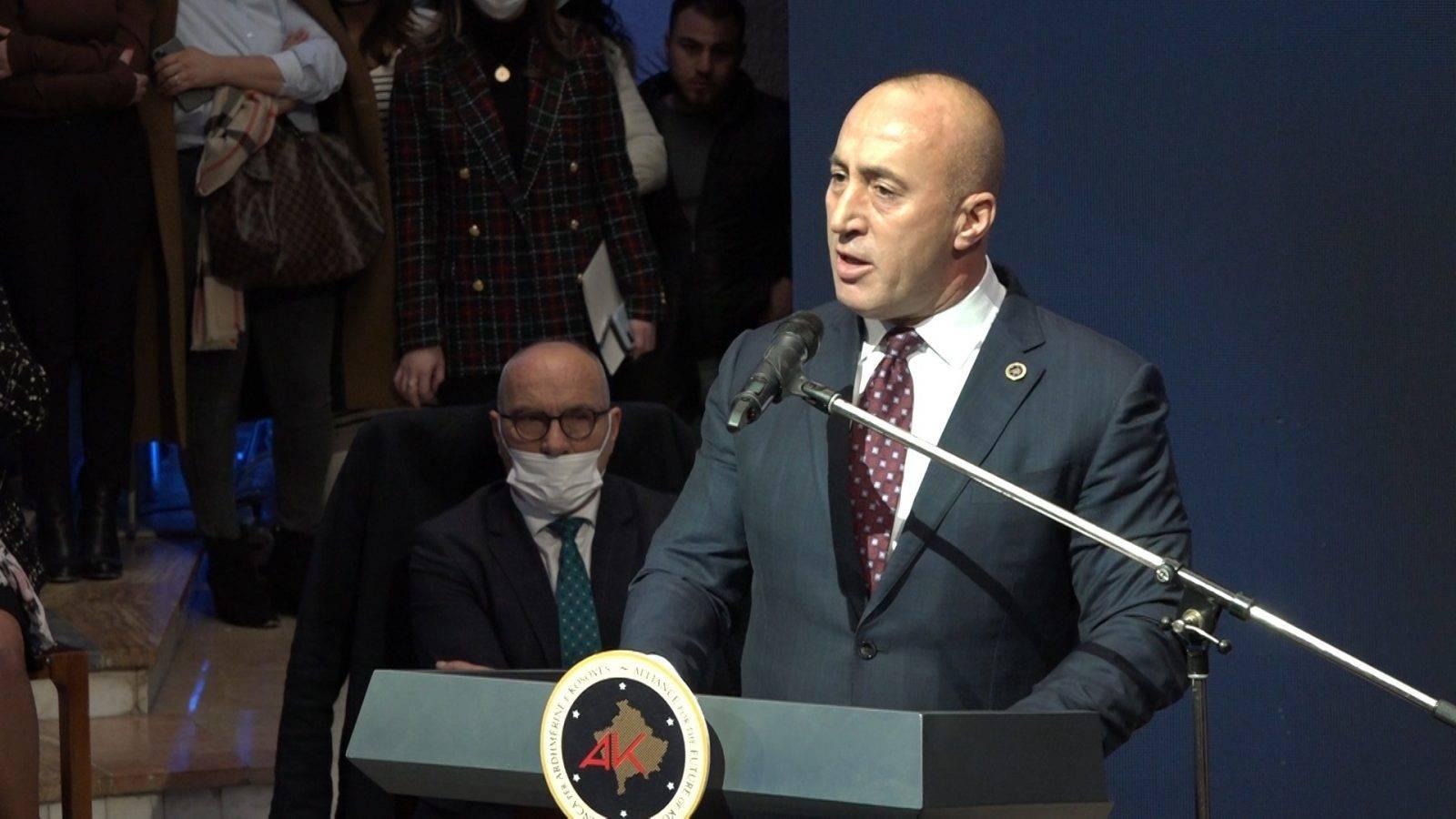 Haradinaj, Arnavutluk ile birleşme fikrini ileri sürdü