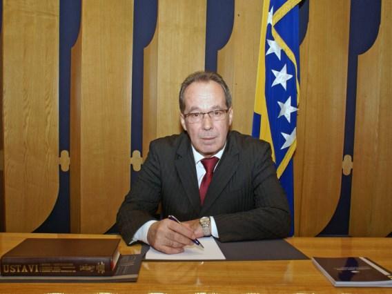 Bosna Hersek Savunma Bakanı Podzic Kovid-19'a yakalandı