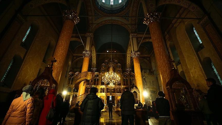 Balkan ülkelerindeki Ortodokslar Noel'i kutluyor