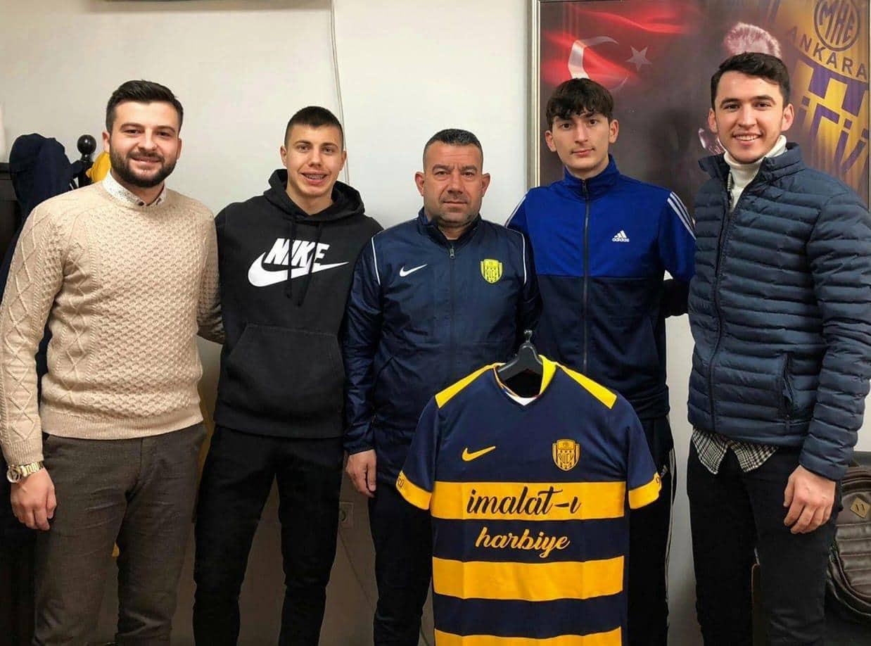 K. Makedonyalı iki genç futbolcu Ankaragücü'ne transfer oldu