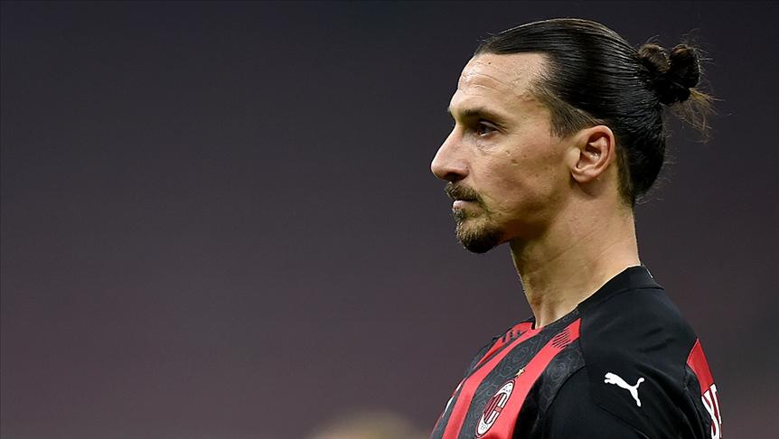Sırplar Ibrahimoviç'e hakaret etti, UEFA soruşturma başlattı