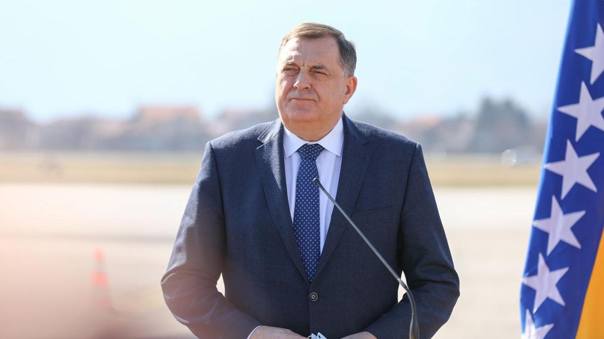Bosna Hersek Devlet Başkanlığı Konseyi Başkanı Dodik, Sputnik V aşısı yaptırdı