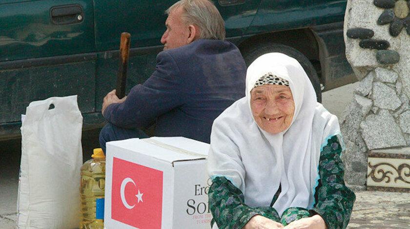 TİKA'nın Erenler Sofrası Karadağ'da