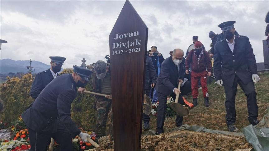 Bosna Hersek'in bağımsızlık mücadelesinin önemli isimlerinden Jovan Divjak toprağa verildi