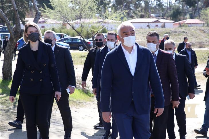 Kültür ve Turizm Bakanı Ersoy Arnavutluk'ta Karavasta Ulusal Parkı'nı ziyaret etti