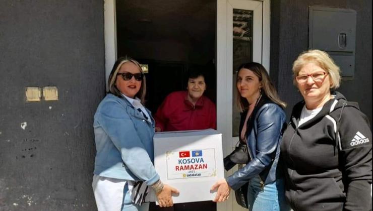 Kosova'da Orkide Kadınlar Derneği, ülke genelinde ihtiyaç sahibi ailelerin yardımına koşuyor
