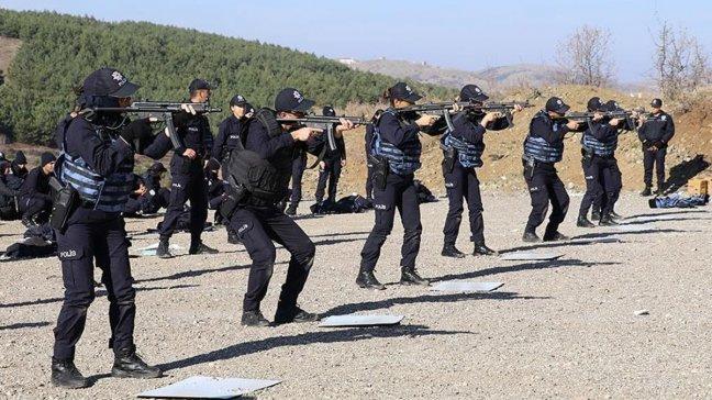 TİKA ve Emniyet Genel Müdürlüğü, Bosna-Hersek ve Karadağ'da çevrim içi eğitimler düzenledi
