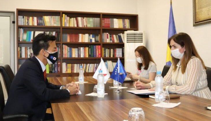 Japonya Kosovalı öğrenciler için burs arttırma imkanını değerlendirecek