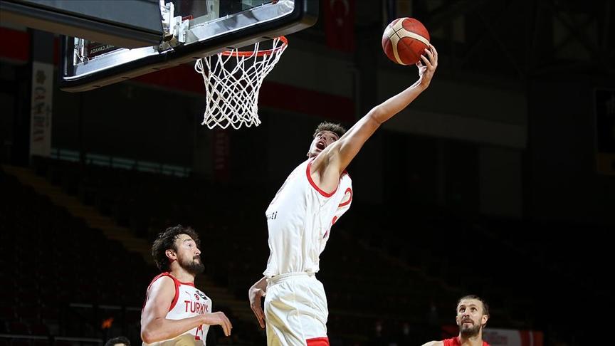 Türkiye, FIBA Erkekler Olimpiyat Elemeleri yarı finalinde Yunanistan'la karşılaşacak