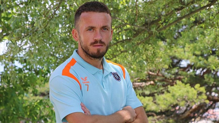 Boşnak futbolcu Edin Visca: Kariyerimi Başakşehir'de bitirmek istiyorum
