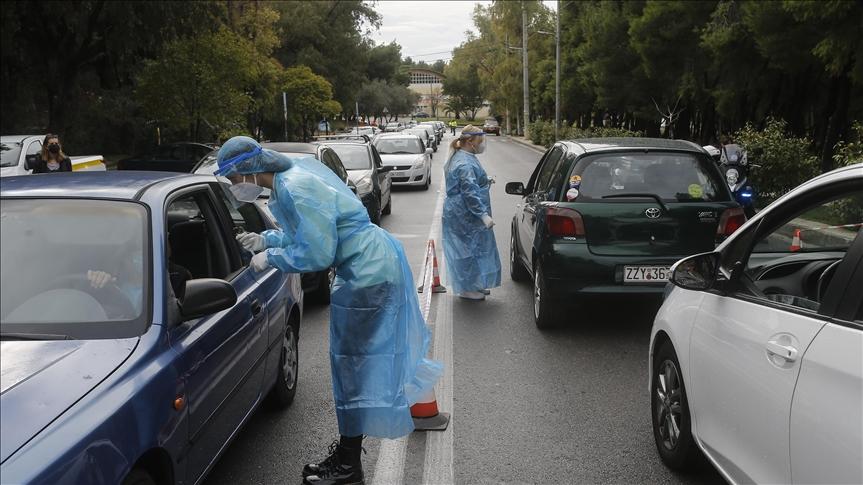 Yunanistan'da Kovid-19 vakaları endişe verici boyuta ulaştı