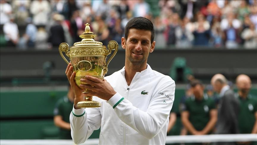 Sırp tenisçi Djokovic, Wimbledon'daki 6. şampiyonluğuna ulaştı
