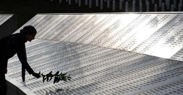 Srebrenitsa soykırımını inkar vakaları azaldı