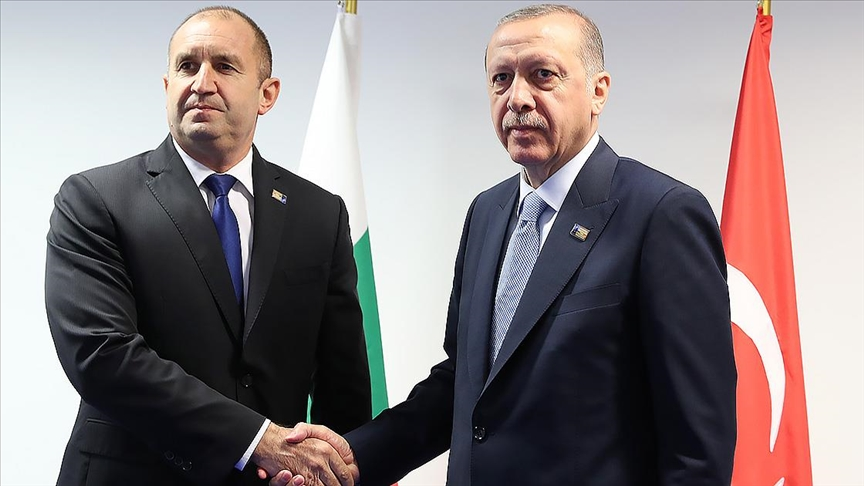 Cumhurbaşkanı Erdoğan, Bulgaristan Cumhurbaşkanı Radev'e gösterdiği dayanışma dolayısıyla teşekkür etti