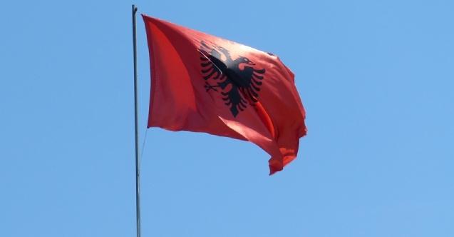 Arnavutluk'a girişte yeni tedbirler bugün uygulanmaya başlandı